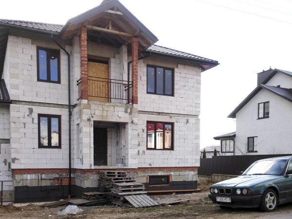 Дом в поселке Касынь